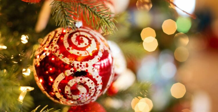 Confessions of a Christmas Cranky-pants